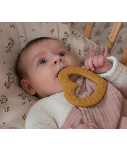 HEART TEETHER MUSTARD