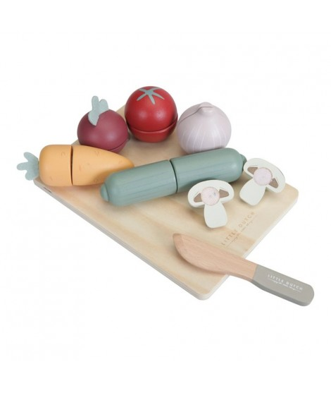 WOODEN CUTTING VEGETABLES