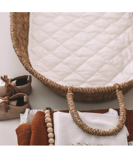 NYLA Natural Fiber Basket with Mattress